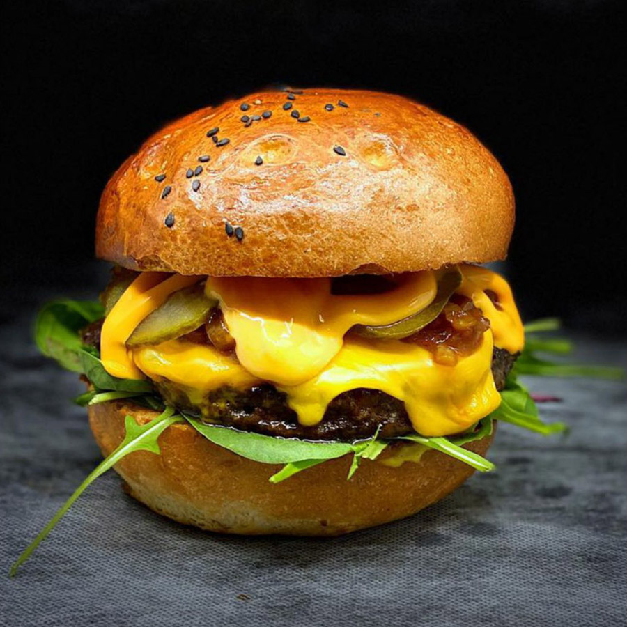 Cheddar Burger - AranyCipó pékség